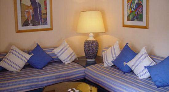 Hotel villa mandarine meilleur tarif for Chambre qui donne sur le salon
