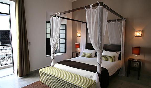 et146-suite-luxe-wenge.jpg