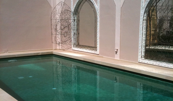 et236-riad-pool-laurence.jpg