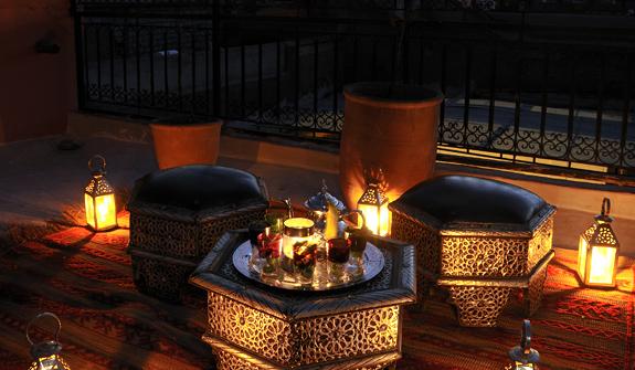 et248-luxury-hotel-marrakech-kamar.jpg