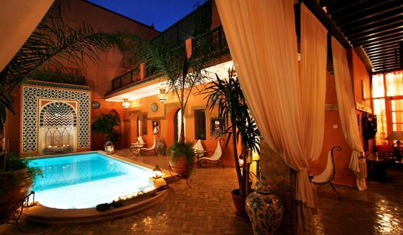 Riad dar al farah prenotazione dell 39 riad dar al farah a for Hotels marrakech