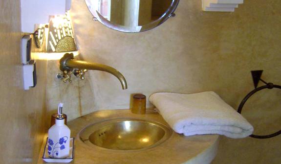 et262-salle-de-bain-kenya.jpg