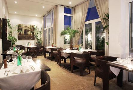 et275-ocen-vagabond-restaurant.jpg