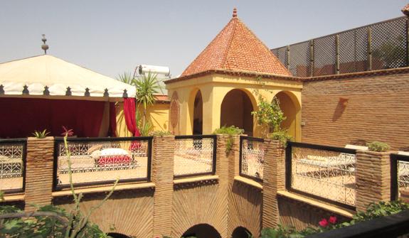 et279-riad-samsli-terrasse.jpg