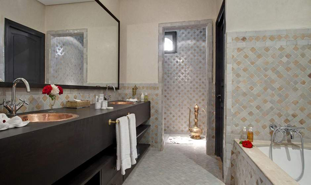 et296-bath-palais-lo.jpg
