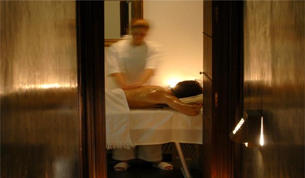 heure-bleue-massage.jpg