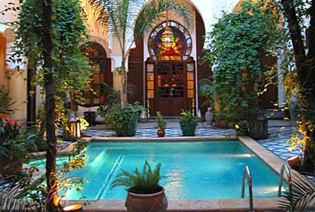 Riad maison bleue fes meilleures offres de riad maison bleue for Film marocain chambre 13 en ligne