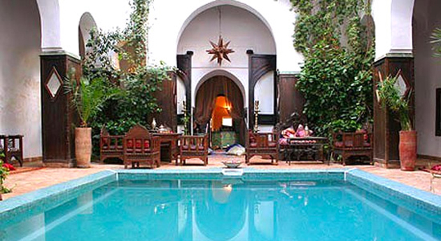 Riad dar abiad riad dar abiad in marrakech instant for Riad piscine privee marrakech
