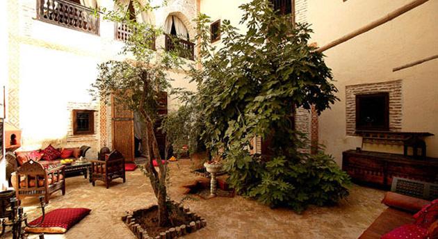 riad-dar-abiad-patio2.jpg