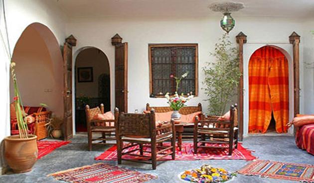 riad-dar-khmissa-patio.jpg