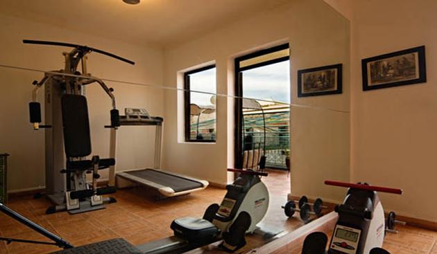 riad-elmansour-gym.jpg