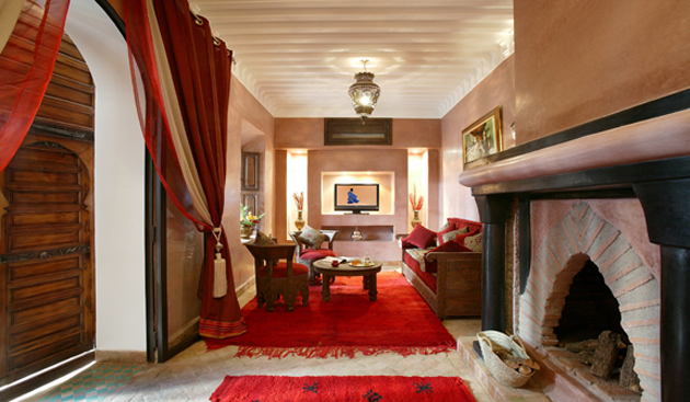 riad-elnoujoum-fireplace.jpg