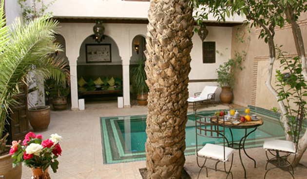riad-palmier-patio-1.jpg
