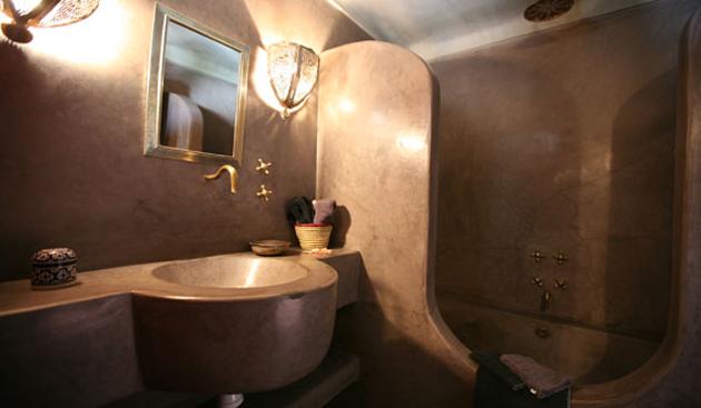 riad-sirr-lavatory.jpg